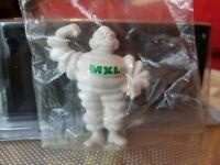 Statuina omino Michelin MXL GOMMA bianco Alto 5,5 cm da collezione.