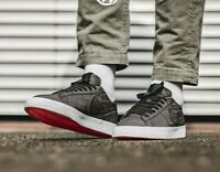 Nike SB Blazer Mens Trainers UK Size 9 Zoom Skate Shoes Black White