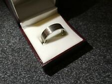 GENTS UNISEX TITANIUM AND SILVER FANCY BANDED RING SIZE U 1/2 NEW