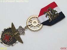 Insignia Pin Cortina Steampunk Medalla Broche Capitán cumberpatch Rojo Blanco Azul