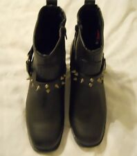Women Boot Shoes Sz 8.5M Black Spike Ankle