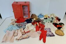 ^ VINTAGE 1950'S MADAME ALEXANDER WALKER DOLL WITH CASE AND ACCESSORIES