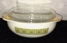 Pyrex VERDE GREEN/ SQUARE FLOWERS *2 QT ROUND CASSEROLE* 024* HARD TO FIND*