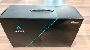 HTC Vive Virtual Reality Headset - Excellent condition with extras!