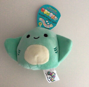 """Squishmallow Bag Clip-On/Keyring - Maggie the Stingray 3.5"""" - New With Tags"""