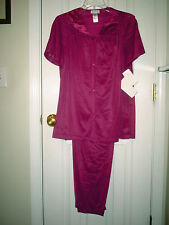 Vanity Fair Colorature Short Sleeeve PJ Set Rosy Plum, Medium/40 NWT