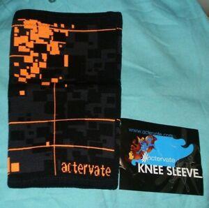 Actervate compression knee sleeve brace, men & women,Black/orange,MED or Sm NEW