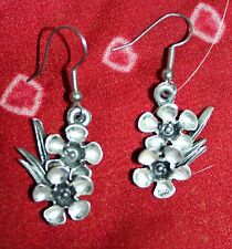 Quality Vintage Aus-Made Silver Drop Earrings*Pierced*Hook*Floral-Geraldton Wax