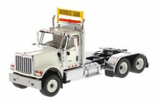 DIECAST MASTERS 1/50 SCALE INTERNATIONAL HX520 DAY CAB TANDEM TRACTOR | 71001