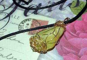 STUNNING HAND-CRAFTED GOLD WIRE-WRAPPED HEALERITE PENDANT  2 Inches High