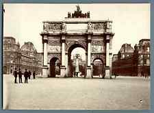 France, Paris, Arc de Triomphe du Carrousel et Monument Gambetta  Vintage citrat