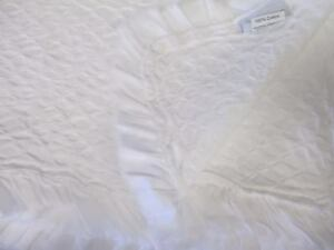 INUP Home Portugal Cottage Shabby French White Matelasse Ruffle Coverlet - Queen