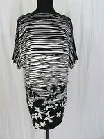 BCBG Max Azria Printed Black/White Short Sleeve Dress Size S