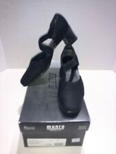 Munro Whitney Black fabric strappy heel Siz 7.5 N made USA shock absorbing heel