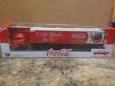 M2 COCA COLA 1957 Ford C600 TRACTOR TRAILER with 1957 Ford Fairlane 500