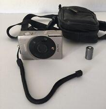 Canon ELPH Digital Camera For Parts Or Repair