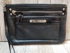 Love Express Womens Wristlet Wallet Black - BIN48