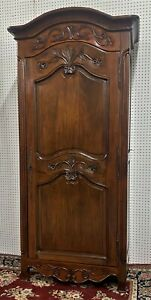 Vintage Country French Bonitier Solid Wood Wardrobe Louis XV Cabriolet Legs