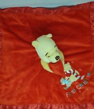 Doudou Winnie DISNEYLAND Plat couverture Rouge petit gourou First Christmas