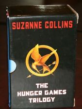 THE HUNGER GAMES TRILOGY 3 BOOK BOX SET