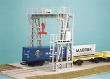 Ratio 546 Traversing Crane Plastic Kit OO Gauge