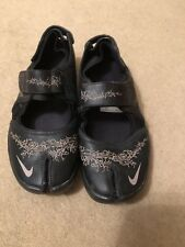 Shopping \u003e nike air split toe trainers