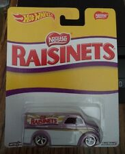 HOT WHEELS DAIRY DELIVERY NESTLE RAISINETS REAL RIDERS POP CULTURE *NEW*