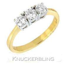 18 Carat Yellow Gold Round Three-Stone Fine Diamond Rings