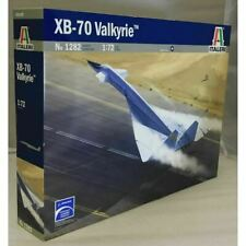Italeri 1:72 1282 XB-70 VALKYRIE Model Aircraft Kit