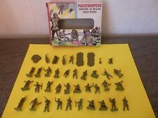 AIRFIX S 23.50 /  1 BOITE HO & 00  - PARATROOPERS / 39 PIECES
