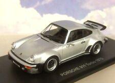Porsche 911 Turbo Año Fabricación 1975 plata 1 43 Kyosho