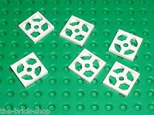 LEGO white Turntable 2 x 2 Plate Base 3680 / Set 10189 7674 4993 8083 5974