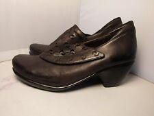 Naot 39 / 8 Precious Distressed Charcoal Gray Cutwork Pumps Heels Shooties Shoes