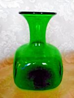 Unusual Collectible Vintage Emerald Green Hand Blown Glass Vase- Polished Pontil