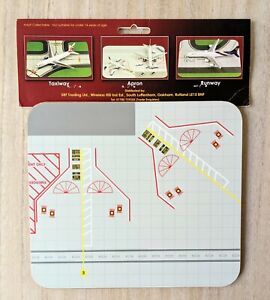 Model Airport Apron airliner display mat as new condition 1:400 scale