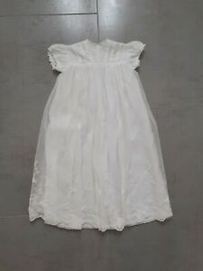 VINTAGE WHITE LACE BABYS CHRISTENING GOWN Cuddly Wear Childrens Outfit