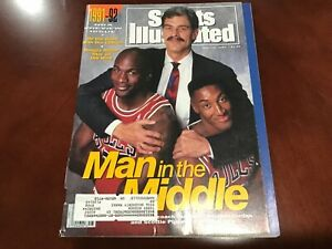 Sports Illustrated November 11, 1991 Man in the Middle Michael Jordan, Pippen