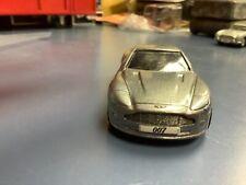 Aston Martin V12 vanquish die another day  JAMES BOND 007 Corgi 1/64
