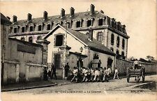 CPA   Coulommiers - La Caserne   (436682)
