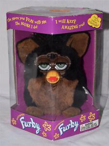 1999 Vintage FURBY Brown Black GORILLA 70-800 Green Eyes Tiger Electronics NIB