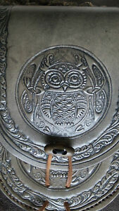 Leather belt pouch with owl and leaf border,Smoke Black colour..Archery,larp