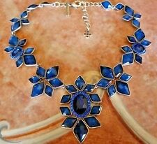 STUNNING New Signed OSCAR DE LA RENTA Antique Gold Cabochon Necklace Blue Star