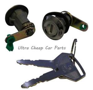 Door Locks Toyota T18 Liftback 1979 to 1983 New Pair With Keys