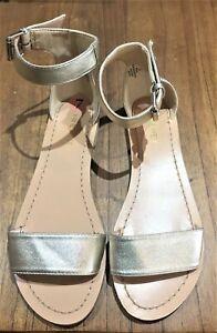 NINE WEST sandals size 7 BRAND NEW