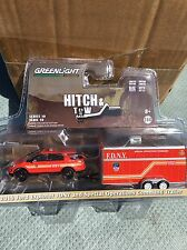Greenlight  HITCH & TOW  2016 Ford Explorer  w/ Special Ops Trailer  FDNY