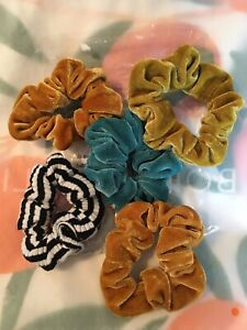 Urban Outfitters 90s Hair Scrunchie Bobble Set New RRP £10