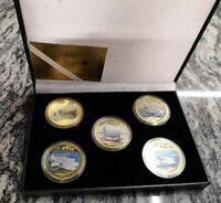 Estuche de monedas de portaaviones de los Estados Unidos bañadas en oro