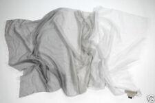 Sciarpe , foulard e scialli da donna grigi tinti uniti prodotta in Italia