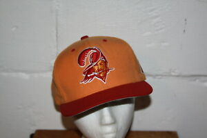 EUC Mitchell & Ness Tampa Bay Buccaneers Bucs Snapback Adjustable Hat Cap NICE