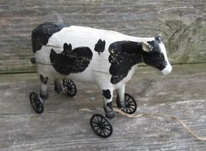 Dairy COW PULL TOY Sculpture*Primitive Home/French Country Farmhouse Barn Decor